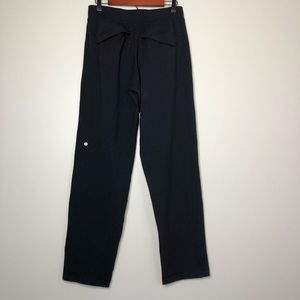 Lululemon Men's Black Sweatpants Size Large